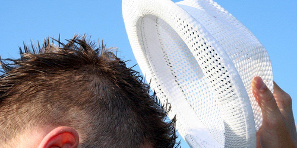 Nostan hattua Novian buukkareille!